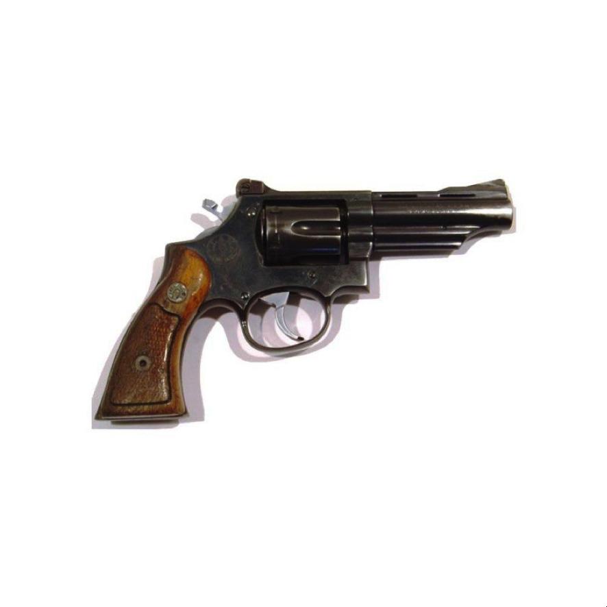 Revolver Llama Comanche arma de fuego de doble acción con cilindro de desplazamiento lateral con capacidad de 6 cartuchos y extractor simultáneo