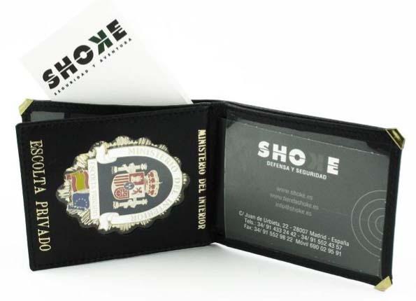 Los mejores portacarnets y portaplacas están en Tienda Shoke. ¡Descúbrelos!